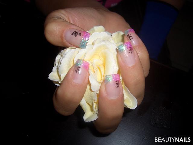 Glitter Pink Und Tu00fcrkis Mit Stamping Nageldesign
