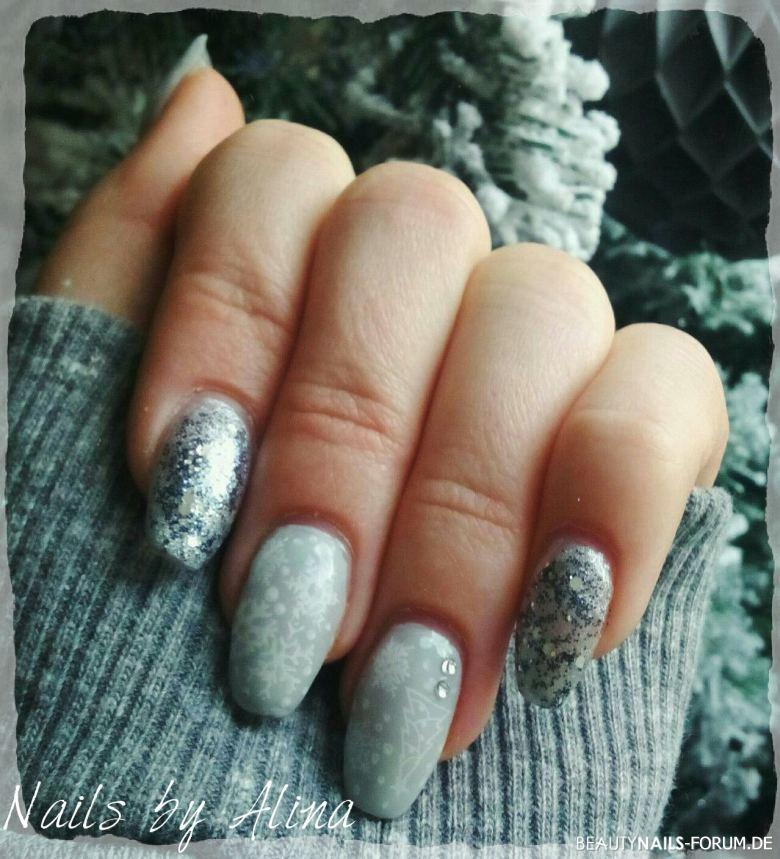 Graue wintergelnägel Nageldesign