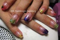 Kunterbunt Nageldesign