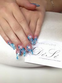 Kurze Stillettos Nageldesign