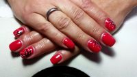 Lady in Red - rotes Fullcover mit Deko Nageldesign