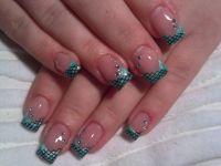 metallic-mint Nageldesign