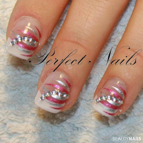 Nailart mit Creativ Sticker