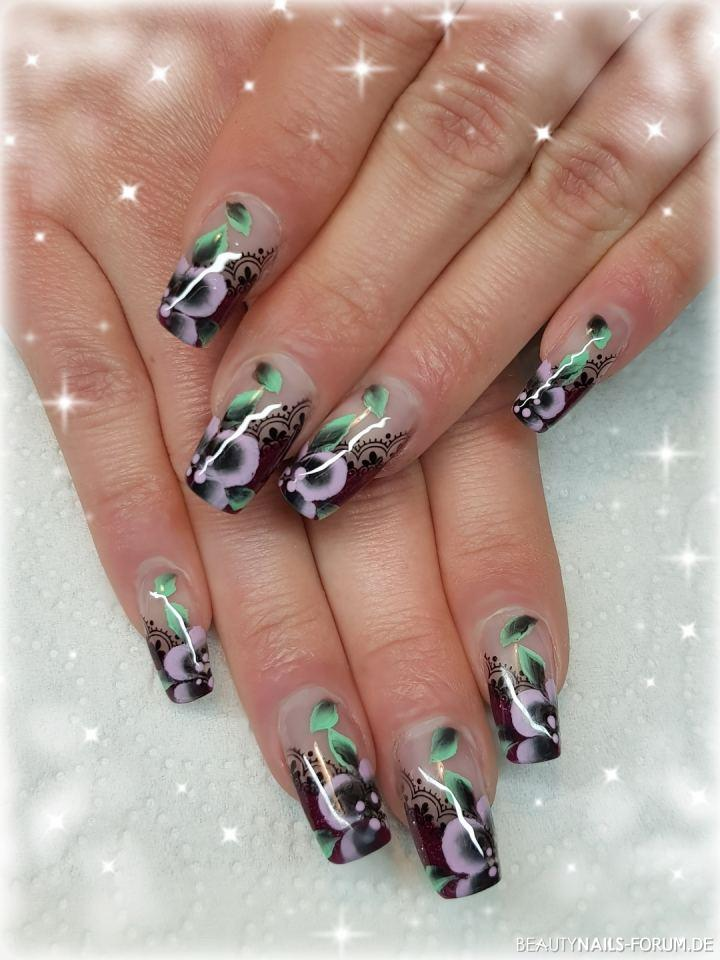 nailart mit spitzen stamping und one stroke blumen nageldesign. Black Bedroom Furniture Sets. Home Design Ideas