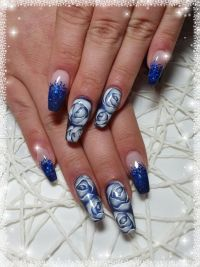 Nass in Nass Rosen Design mit Glitter Nageldesign