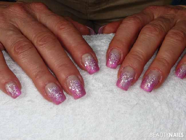 Pink Panther Mit Glitter Nageldesign