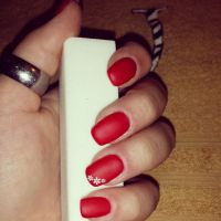 Red Nails in matt Nageldesign