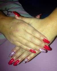 Red Nails in square form Nageldesign