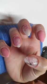 Rose Acryl Nageldesign