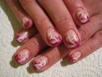 Rot - Ton in Ton mit One Stroke Nageldesign