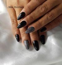 Schwarz mit Glitter - sehr elegante Nailart Nageldesign