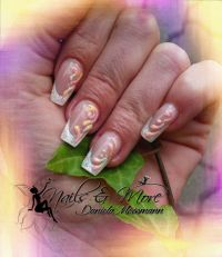 Shimmering Diamond Nageldesign