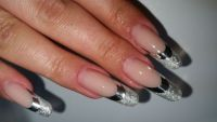 Silber French mit Chrome Smile Nageldesign