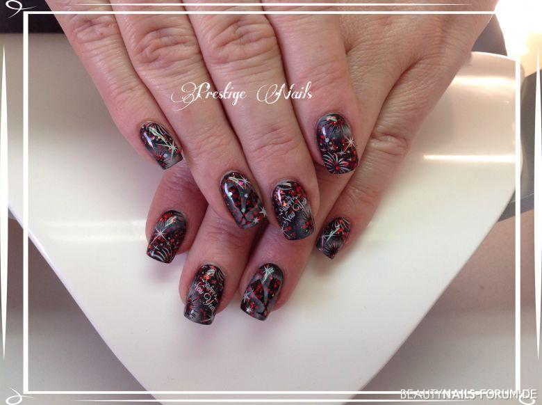 Silvester Nageldesign - Party Nageldesign