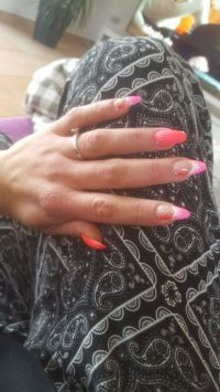 Summer Nailart in neon pink-Farbverlauf Nageldesign