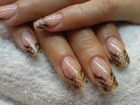 Tiger-Look Nageldesign