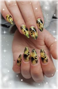 Tropical Nails Nageldesign
