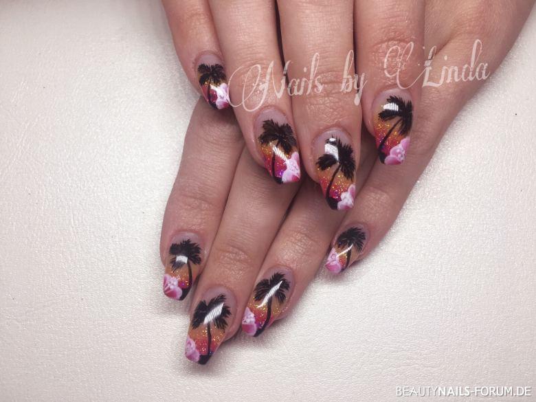 Urlaubsnägel mit Blüte und schwarzen Palmen Nageldesign pink orange schwarz - Gele von Laveni und Malerei selbst gemacht. Farbverläufe pink, Nailart