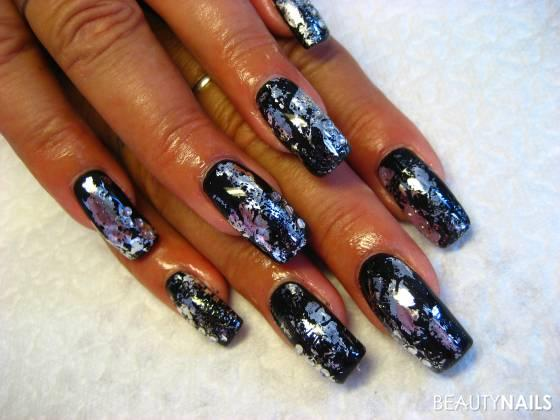 uv gel schwarz mit transfer folie silber celebrity nails nageldesign. Black Bedroom Furniture Sets. Home Design Ideas