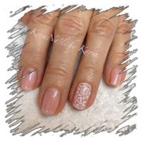UV - Nagellack mit Staming romantisch Nageldesign