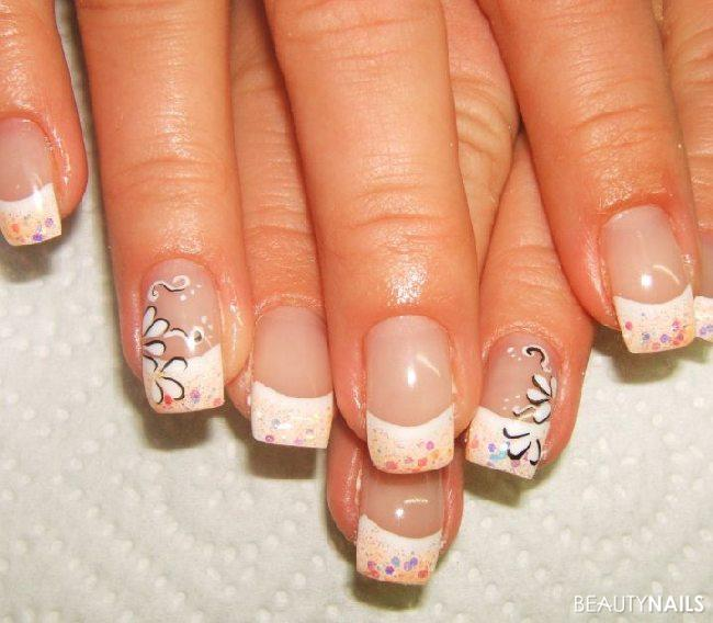 Was Dezentes Nageldesign