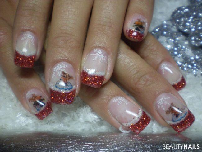 Nailart mit weihnachtsmotiv