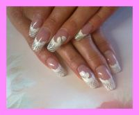 weiss french in e stroke Nageldesign
