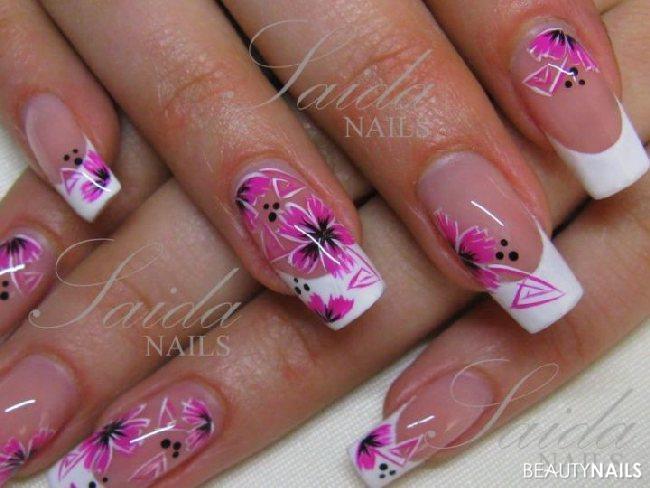 weiß/pink Nageldesign