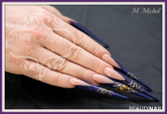 3D Lila Dragon an männlicher Hand Stilettos