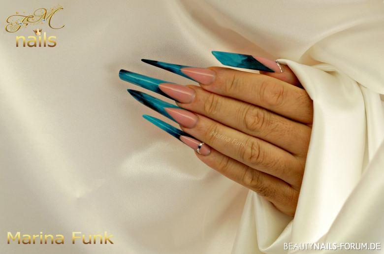 5 Formen Stilettos in blau/schwarz Stilettos