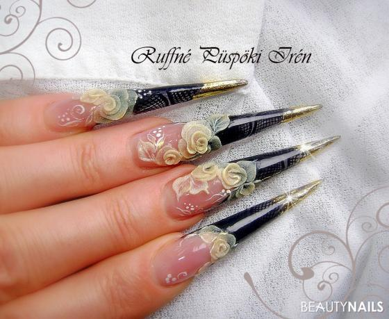 Black and gold stiletto nails Stilettos - acrylic powder,foil,paint(Polycolor),colour powder Nailart