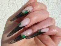 meine neuen :) schwarz / clear / flüssige steine Stilettos