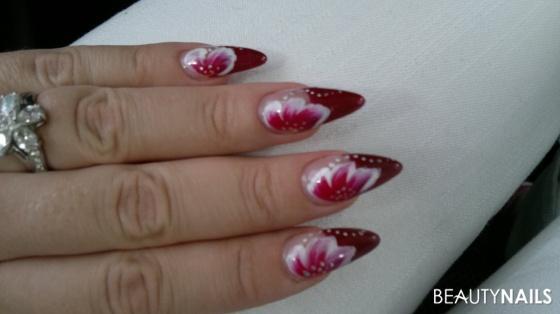 red stilettos 2