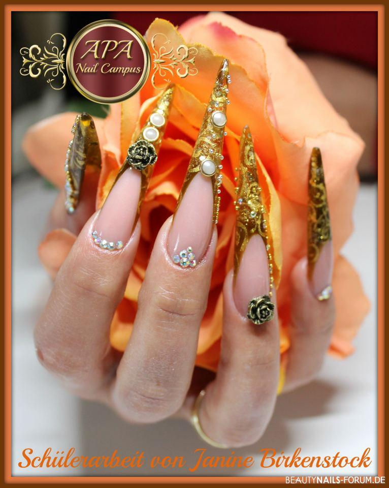 Stilettos mit Glitzer, Strass und Perlen - exklusiv Stilettos
