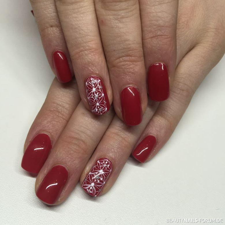 GelLack klassisch rot mit Malerei Winter & Weihnachten