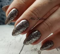 Silvester glamour look in silber. Winter & Weihnachten