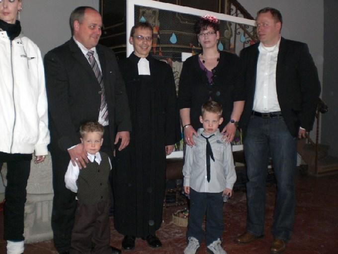 Bild Taufe Evtaufe Mit 3 Jahren Was Anziehen Small