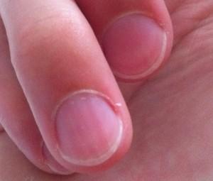 spitze fingern gel manik re naturnagel nagelpflege. Black Bedroom Furniture Sets. Home Design Ideas
