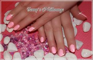 Fullcover Schulung bei Silke/Hellbabe in Duisburg in Nailart Kurse